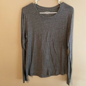 ***3 FOR $10 PROMO*** Gray Long Sleeved Top